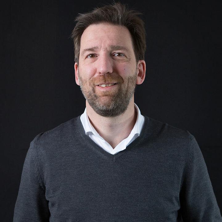 Alexander Nijeboer - LI MOON - partner van Online Succes