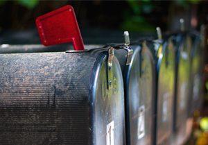 9 B2B e-mail marketing voorbeelden voor elke fase van de klantreis